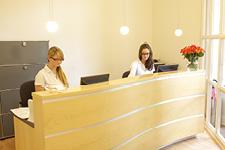 Frauenarztpraxis Eingang Tresen